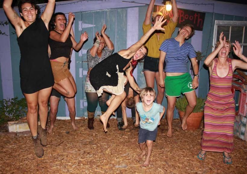 group-jumpin